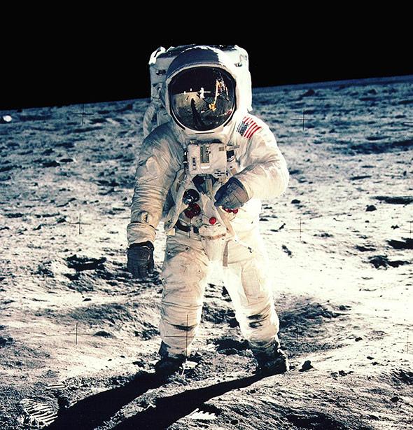 Apollo 11-Astronaut Buzz Aldrin auf dem Mond - dieses Portrait ist eine Ikone unter den Raumfahrt-Fotos.