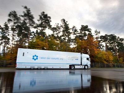 """Der Bio-Truck unterwegs im Dienste der """"Umweltprobenbank des Bundes"""""""