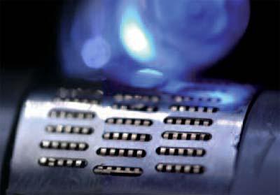 PEM-Brennstoffzelle als Stromlieferant für eine LED