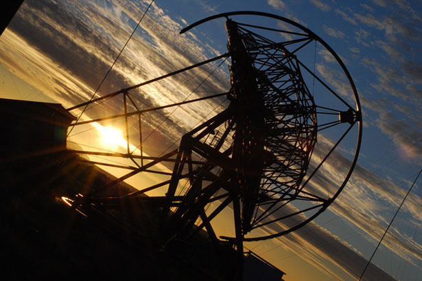 Ein Teleskop des HESS-Array in Namibia