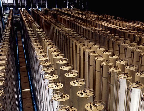 Das Stuxnet-Virus sabotierte die Uran-Zentrifugen in einer Anlage im Iran - hier ähnliche Zentrifugen zur Urananreicherung.
