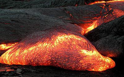 In der Asthenosphäre ist das Gestein heiß und zähfließend