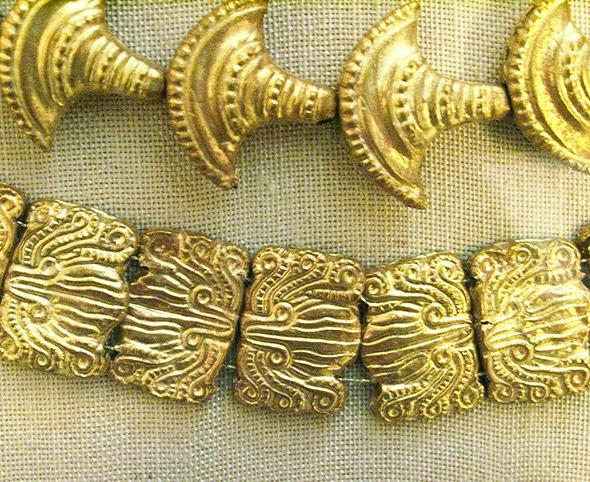 Goldschmuck der Minoer - schauten sie ihre Fertigkeiten von den Ägyptern ab?