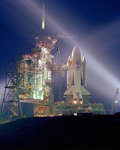 Zum Jungfernflug eines Space Shuttle in den Orbit startete die Columbia am 12. April 1981.
