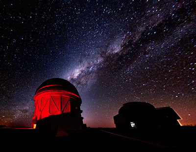 Das Cerro Tololo Inter-American Observatory vor der Milchstraße
