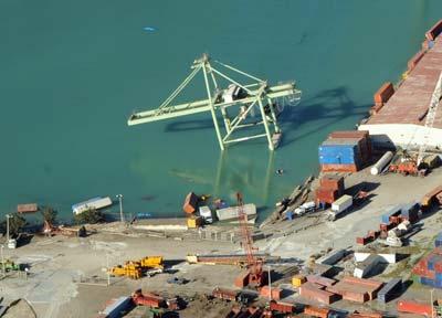 Schäden im Hafen von Port-au-Prince