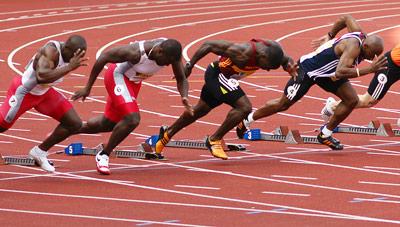 Sprinter bei einem 100-Meter-Lauf