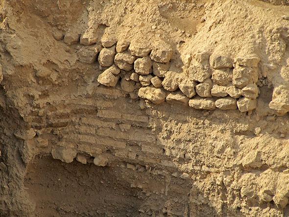 Reste der alten Mauer von Jericho