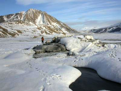 Blick auf die Lost Hammer Quelle auf der Axel Heiberg Insel
