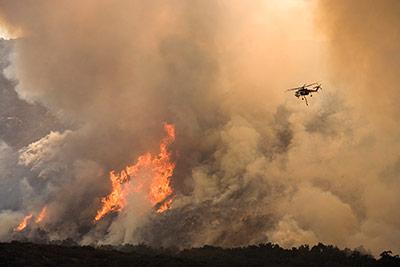 Waldbrand: Während trockener, heißer Sommer werden solche Feuer im Mittelmeerraum häufiger werden