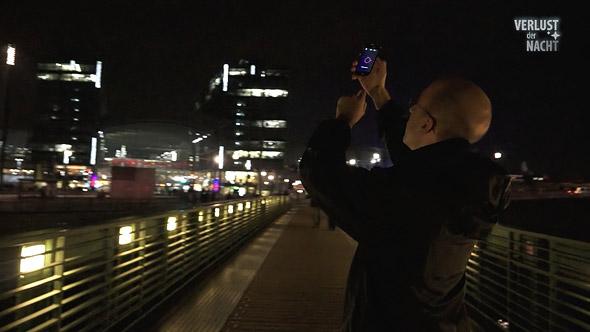 """Lichtverschmutzung: Mit der kostenlosen App kann jeder Daten zum Projekt """"Verlust der Nacht"""" beitragen."""