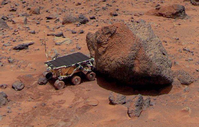 """Er machte den Anfang: der hundegroße Marsrover Sojourner im Jahr 1997. <span class=""""img-copyright"""">© NASA</span>"""
