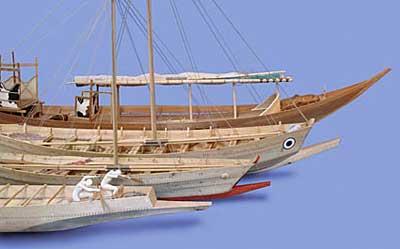 Holzmodelle von kykladischen und minoischen Schiffen
