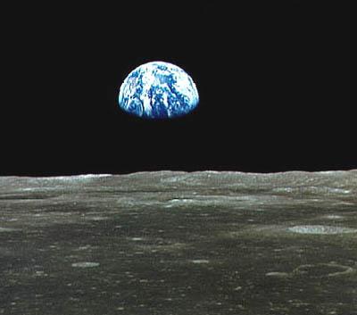 Erdblick vom Mond