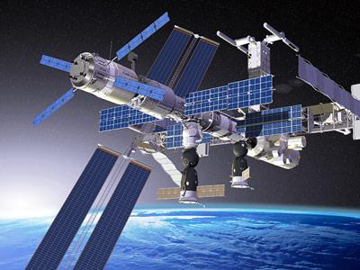Raumtransporter ATV, angedockt an der ISS