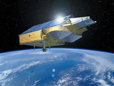 Der Satellit Cryosat vermisst Eisflächen mit Hilfe der Altimetrie.