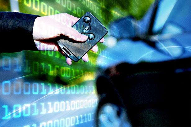 Ob elektronischer Autoschlüssel oder ein anderes Gerät: Vernetzte Kleincomputer sind besonders angreifbar.