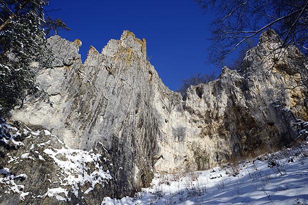 Die vom steilen Albtrauf geschützten Täler im Süden der Schwäbischen Alb waren für unsere Vorfahren ein Refugium.