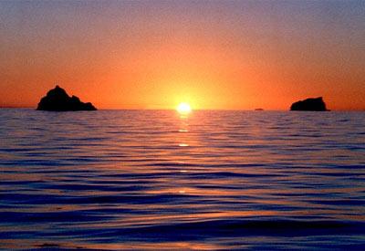 Sonnenuntergang über dem Polarmeer