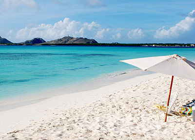 Weißer, feiner Sand, türkisblaues Meer - so stellen sich viele den idealen Strand vor.