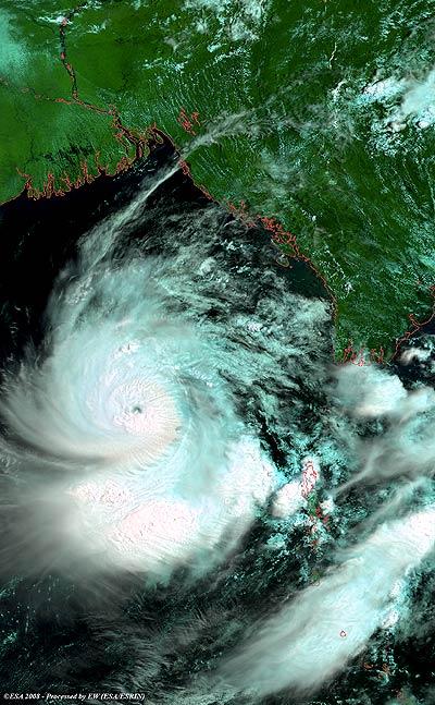 Nargis über dem Golf von Bengalen