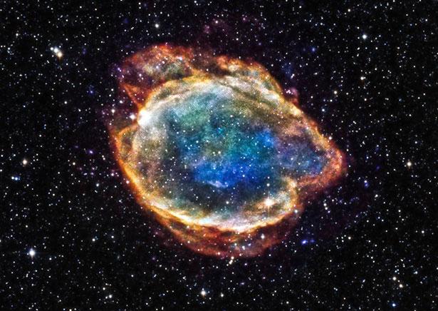 Dieses farbenfrohe Gebilde aus leuchtenden Gasen ist der Überrest der Typ-1-Supernova G299.