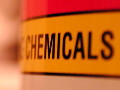 Die biologische Wirkung von über 30.00 gehandelten Chemikalien ist noch unbekannt