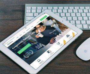Tablet und Computer-Tastatur