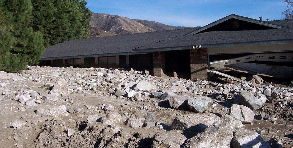 Kalifornien-Nach-dem-Feuer-kommen-die-Erdrutsche