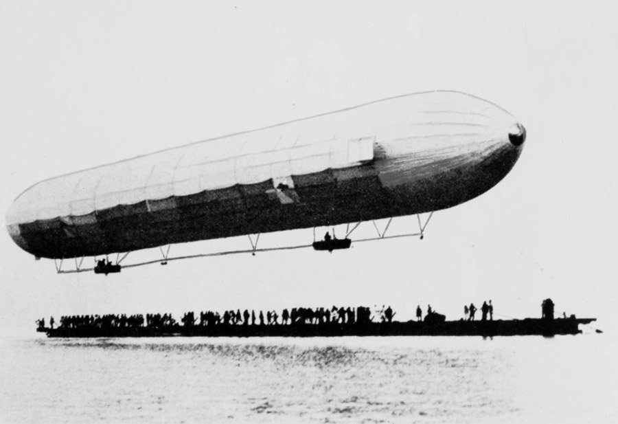 Erster Zeppelin