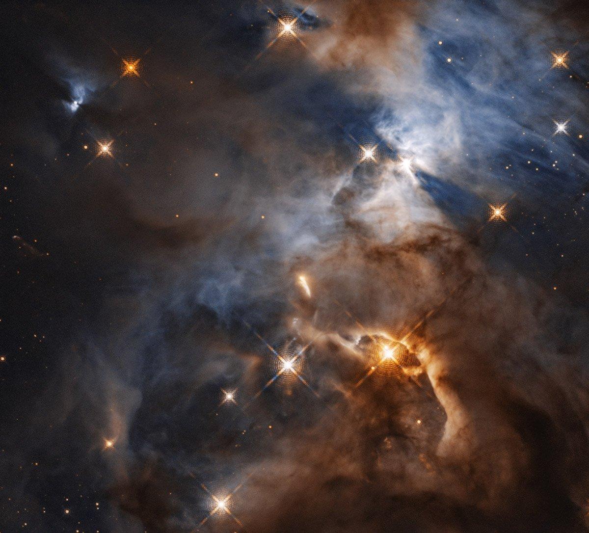 Sternenwiege mit Schattenwurf